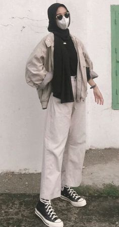 Street Hijab Fashion, Muslim Fashion, Fashion Outfits, Ootd Hijab, Hijab Outfit, Hijab Fashion Inspiration, Swagg, Aesthetic Clothes, Casual Wear