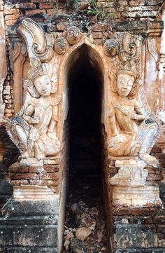 Indein Pagoda is to the south west of Inle Lake, in Shan State of Myanmar. How to get to Indian Pagoda, Indian Pagoda price Lion Sculpture, Statue, Pictures, Photos, Sculptures, Grimm, Sculpture