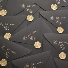 Golden calligraphy on black hand made envelope Simple Wedding Invitations, Elegant Invitations, Wedding Stationary, Custom Invitations, Pocket Invitation, Invitation Envelopes, Black Envelopes, How To Make An Envelope, Addressing Envelopes