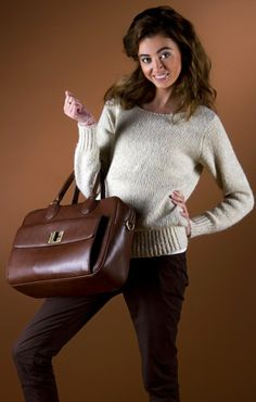 сумка: ZARA одежда:Stradivarius, Berushka.