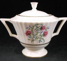 Lenox CINDERELLA Sugar Bowl with Lid Vintage Gold Trim V308 GREAT CONDITION #LENOX