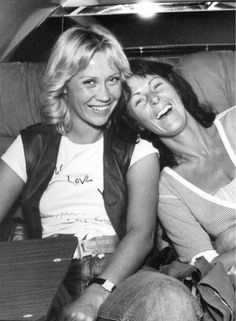 Frida and Agnetha during the 1979 tour. Traveling together, enjoying the hotelpool and supporting each other on stage.
