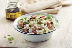 Ensalada de arroz con atún y alcaparras / Tuna and capers salad/ Photography by #fernandabonserio / food styling by #nataliacaneva