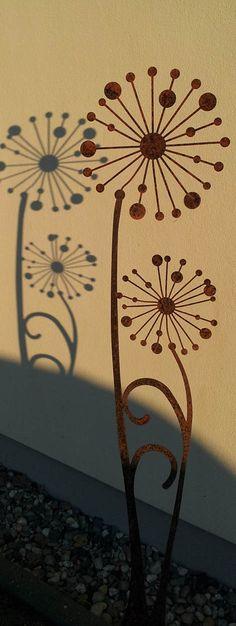 Gartenskulptur Pusteblume | Zierelemente | Dekoschmiede.comGartenskulptur, Deko Garten, Deko Rost, <Rostdeko, Gartedekoration edelrost, Rostige Gartende |