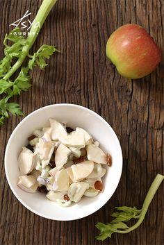 Japon Usulü Elma Salatası / Japanese Style Apple Salad