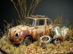 Scale model vignette by Satoshi Araki. Weather Models, Vw Vintage, Abandoned Cars, Model Train Layouts, Model Building, Miniture Things, Diecast Models, Model Trains, Plastic Models