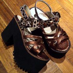 Mejores 9 imágenes de moda en en moda Pinterest zapatos , zapatos bonitos y 33ffa7