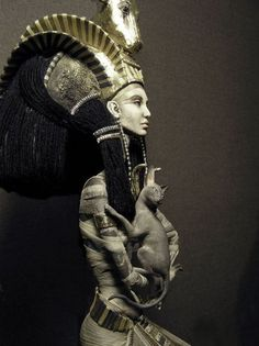 Egyptian Goddess Isis. The last invaders to Irish shores were the Sons of Míl Espáine (Milesians) it is thought by some that their mother was Scota the daughter of an Egyptian Pharaoh. Research has found many similarities in the bloodlines of the Irish and Spanish.