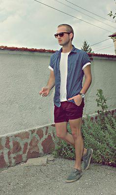 Love this look   real men wear short shorts