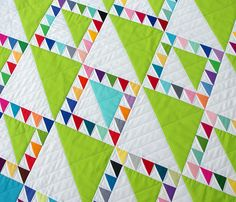 Lady of the Lake quilt - so cool with the HSTs in different sizes!