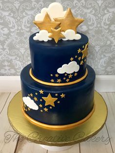 Twinkle Twinkle Little Star Baby Shower Cake This cake was part of a large desse. - Twinkle Twinkle Little Star Baby Shower Cake This cake was part of a large dessert table. Cannoli f - Baby Shower Cakes Neutral, Baby Shower Cakes For Boys, Baby Boy Cakes, Star Baby Showers, Dessert Cannoli, Cannoli Filling, Gateau Baby Shower Garcon, Baby Shower Cake Decorations, Birthday Decorations