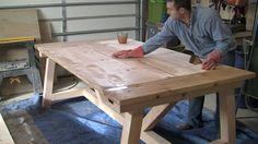 In this tutorial and video DIY Pete shows you how to build a beautiful farmhouse style dining table for your home. Farmhouse Style Dining Table, Build A Farmhouse Table, Dinning Room Tables, Wood Tables, Table Desk, Side Tables, Patio Tables, Diy Table, Woodworking Plans