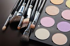 Types Of Makeup Brushes Every Beginner Should Own