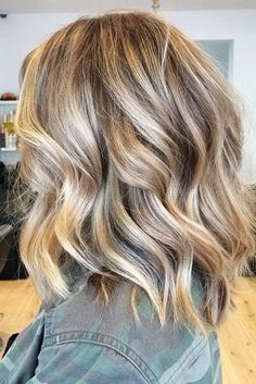 Shoulder Length Balayage Ombre Hair