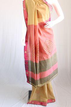 Handloom cotton saree with diamond applique motif by KritiKala