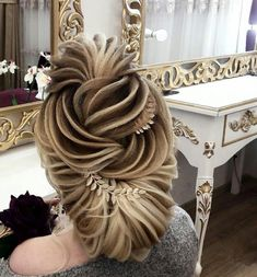 diy ponytail hairstyle ideas for you 23 Medium Hair Styles, Natural Hair Styles, Long Hair Styles, Hair Medium, Short Styles, Ponytail Hairstyles, Bride Hairstyles, Choppy Hairstyles, Updo