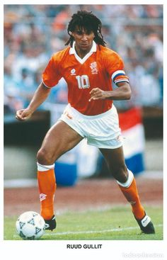 Ruud gullit - legends of football series 2010 photo postcard unused. Legends Football, Football Icon, Retro Football, World Football, School Football, Vintage Football, Ruud Gullit, Love Quotes For Him Romantic, International Football