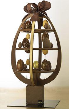 Lenôtre    Sculpture en chocolat ASTROChoc, 790 euros.