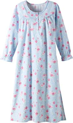 Blue Floral Flannel Nightgown: The soft cotton flannel keeps you comfy-cozy despite falling temps, while the pretty pink blossoms make you feel as if you're strolling through a rose garden in summer. Outfits Niños, Pajama Outfits, Night Suit For Women, Night Gown Dress, Pijamas Women, Cotton Nighties, Flannel Nightgown, Underwear Pattern, Kamiz