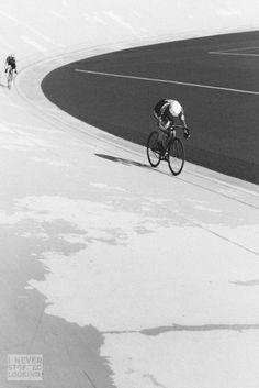 john-amunet-helsinki-olympic-velodrome.jpg (683×1024)