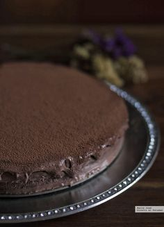 tarta mousse de chocolate y baileys Chocolate And Vanilla Cake, Choco Chocolate, Chocolate Desserts, Chocolate Heaven, Köstliche Desserts, Delicious Desserts, Yummy Food, Sweet Recipes, Cake Recipes