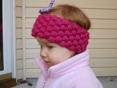 Bobble Baby Ear Warmer via mooglyblog.com #crochet #earwarmers