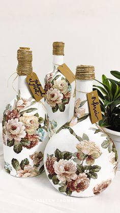 Recycled Glass Bottles, Glass Bottle Crafts, Wine Bottle Art, Diy Bottle, Mod Podge Crafts, Cork Crafts, Decoupage Art, Decoupage Vintage, Diy Coasters