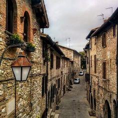 Gubbio: szerelem első látásra - és más olasz csodák - www.szentendre.hu House On The Rock, Street, Walkway