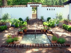 Spanish Courtyard at Froh Heim | Flickr - Photo Sharing!
