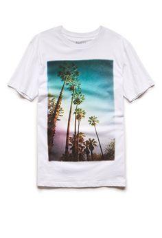 Palm Tree Tee | 21 MEN #21Men cute cuffed, hw shorts and white vans