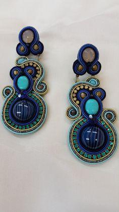 PENDIENTES BAY de CABOCHONMELIZI en Etsy Soutache Earrings, Drop Earrings, Shibori, Handmade Jewelry, Macrame, Etsy, Jewellery, Instagram, Ideas