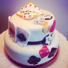 Cake design Casino à vos jetons pour anniversaire d'un heureux joueur by Alamalice :) By Alamalice  #cakedesign #pateasucre #casino #vegas #alamalice