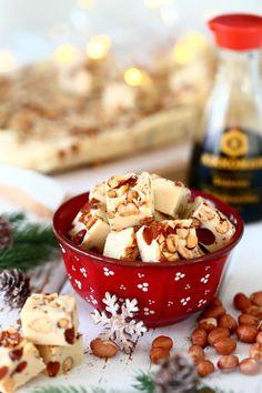 Astetta parempi pähkinä-valkosuklaafudge (+ arvonta) - Suklaapossu Pudding, Desserts, Food, Tailgate Desserts, Deserts, Custard Pudding, Essen, Puddings, Postres