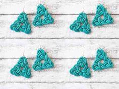 Un tutoriel détaillé pour réaliser des boucles d'oreilles en cuir au motif celtique !