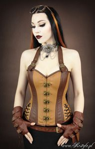 """STEAMPUNK HALTER OVERBUST"" brown faux leather koossa 22"". 45,87 euroa"