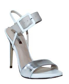 GUESS (ABBIE2) Sandalo Vernice Pelle Donna Bianco Beige Silver FLABB2LEA03