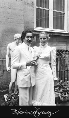 Bohemian Rhapsody - Margaux Hemingway and Errol Wetson, 1975How they met: At the Plaza Hotel, when Hemingway was there on a lark with a coworker (at the time she was doing PR for stuntman Evel Knievel)