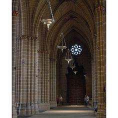 Catedral Santa Maria la Real. Pamplona, Spain #europe #spain #españa #europa #Pamplona #navarra #travel #travelgram #wide #streetphotography #street #amazing #placestogo #travelphotography #instacool #nofilter #fujifilm #xphotographer #cool #cathedral #church #impressive #holy #amazing (Foto @marcelo_valente - #Instagram) --> http://www.turismo.navarra.es/esp/organice-viaje/recurso/Patrimonio/3004/Catedral-de-Santa-Maria.htm
