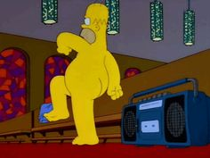 "Homer naked, singing ""War"" (What is it good for) Los Simsons, Homer And Marge, Ange Demon, Great Tv Shows, Stupid Funny Memes, Cartoon Shows, Futurama, The Simpsons, Lisa Simpson"