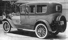 1914 Locomobile Model 38 Berline Limousine. www.romanworldwide.com #orangecountylimo #lacountylimo #247limo