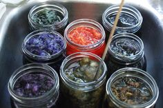 Solar dyeing in jars