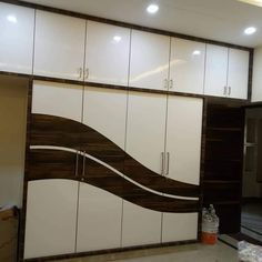 Photo of karan jangid Wardrobe Laminate Design, Wall Wardrobe Design, Wardrobe Interior Design, Wardrobe Door Designs, Luxury Bedroom Design, Bedroom Closet Design, Bedroom Furniture Design, Wardrobe Doors, Kitchen Room Design