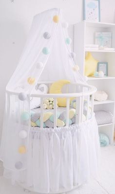 New Ideas Diy Baby Pillow Bed Tutorials Baby Nursery Diy, Baby Bedroom, Baby Boy Rooms, Baby Room Decor, Diy Baby, Baby Beds, Room For Baby Girl, Baby Room Design, Baby Pillows