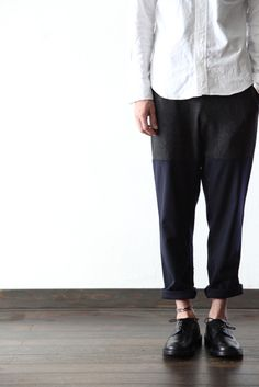 Super nice and interesting fit trousers. Asian Fashion, Look Fashion, Fashion Models, Fashion Design, Fashion Tips, Fashion Trends, Korea Fashion, India Fashion, Fashion Weeks