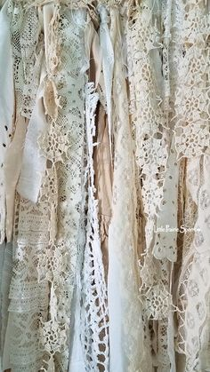 Vintage Home, Wedding Decor & Craft Supplies by LittlePrairieSparrow Shabby Chic Banners, Shabby Chic Garland, Lace Garland, Shabby Chic Fabric, Shabby Chic Curtains, Fabric Garland, Shabby Chic Crafts, Rustic Shabby Chic, Diy Garland