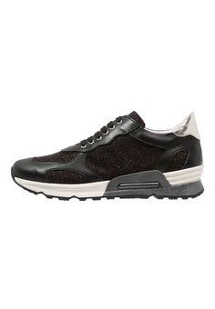 Joyks Sneakers laag bronzo/nero Meer info via http://kledingwinkel.nl