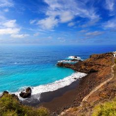 Las 10 mejores cosas que hacer en Tenerife Cityscape Photography, Nature Photography, Places To Travel, Places To Visit, Most Beautiful Beaches, Canary Islands, Nature Photos, The Good Place, Scenery