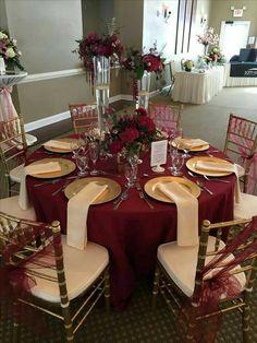 Wedding Table Linens, Wedding Table Settings, Table Wedding, Wedding Cakes, Maroon Wedding, Wedding Day, Wedding Reception, Burgundy Champagne Wedding, Burgandy And Gold Wedding