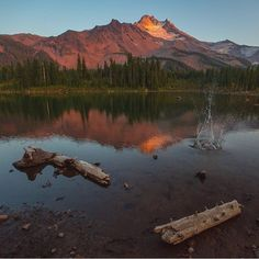 Jefferson Park is a beautiful and popular backpacking destination in the Mt. Jefferson Wilderness Area. You will find several alpine lakes there including Scout Lake.  Wonderful sunset capture!  Photographer: @ilangenhuysen Selected by: @jene4n