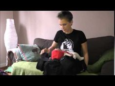 Adjusting a fullbuckle baby carrier (emeibaby) with one arm - YouTube